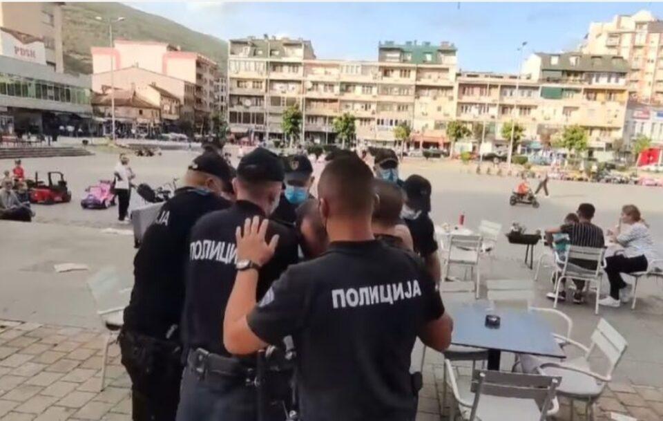 Апсење среде кафуле по протестот во Тетово (ВИДЕО)