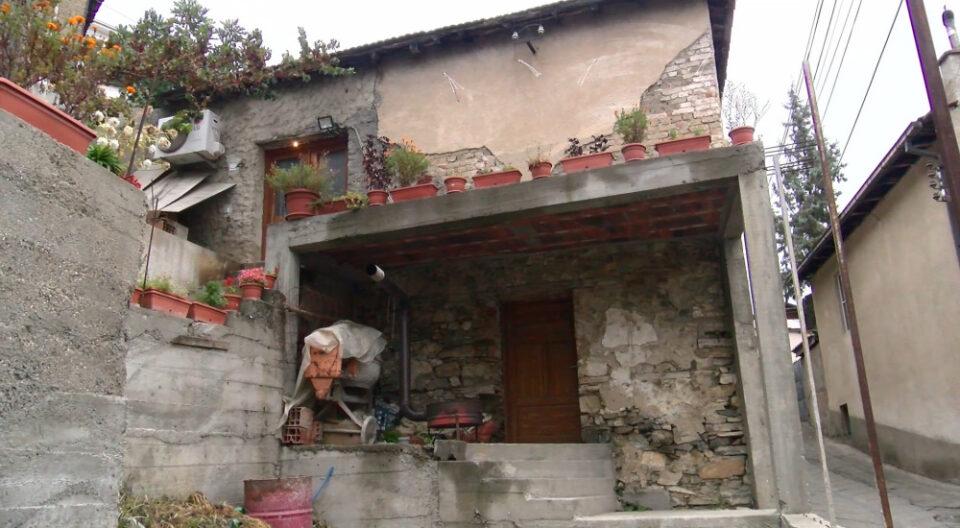Сведоштва за убиството на полицаецот во Велес: Ова е куќата каде што живеел, зад себе имал неколку неуспешни бракови (ВИДЕО)
