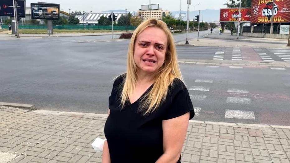 Снимка која ја вознемири цела Македонија: Жена не може да стигне на погребот на татко си поради блокираниот сообраќај (ВИДЕО)