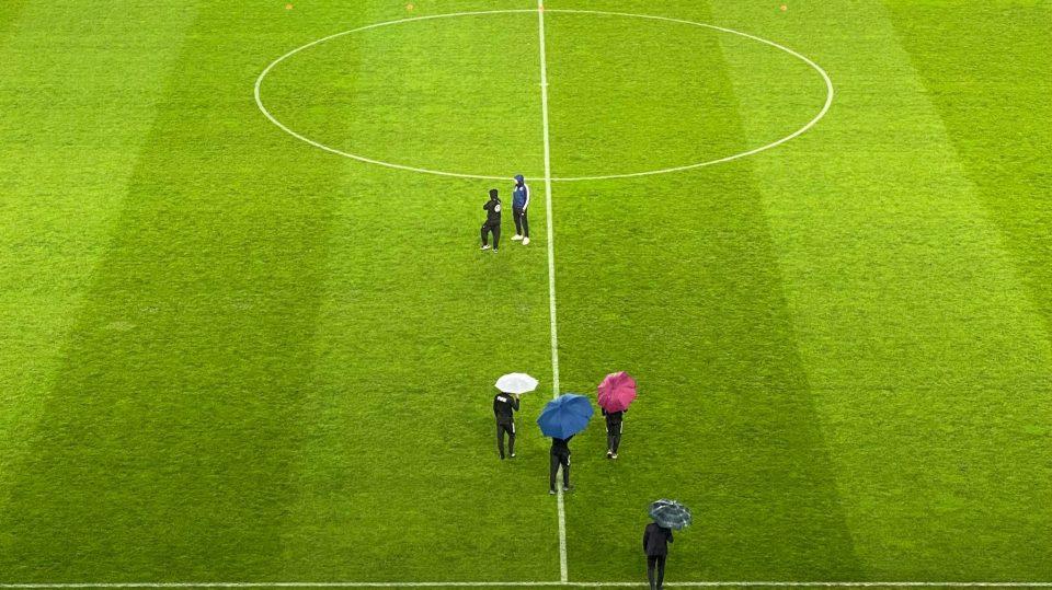 СУДИИТЕ ИЗЛЕГОА СО ЧАДОРИ: Официјално е познато дали вечерва ќе се одигра мечот Македонија- Германија