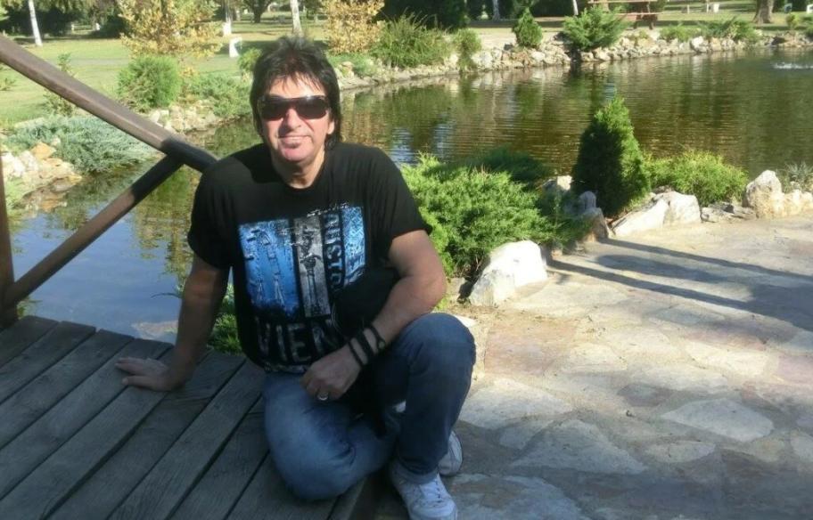 Почина познатиот македонски пејач: Паднал во кома и не се разбудил